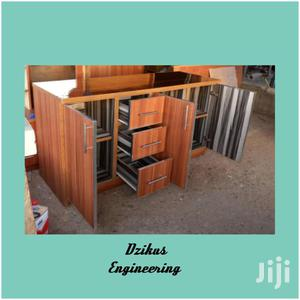 Neat And Nice Kitchen Cabinet