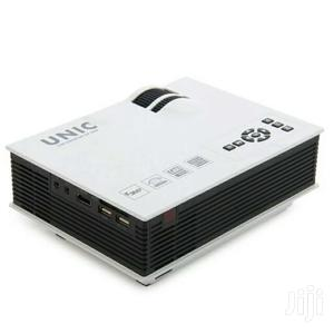 HD  Unic Projector