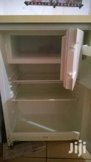 FRIDGE Available For Only 400 Cedis Negotiable Don't Miss It !!   Kitchen Appliances for sale in Greater Accra, East Legon
