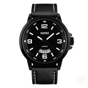 Black Leather Skmei Analogue Quartz Watch With Date