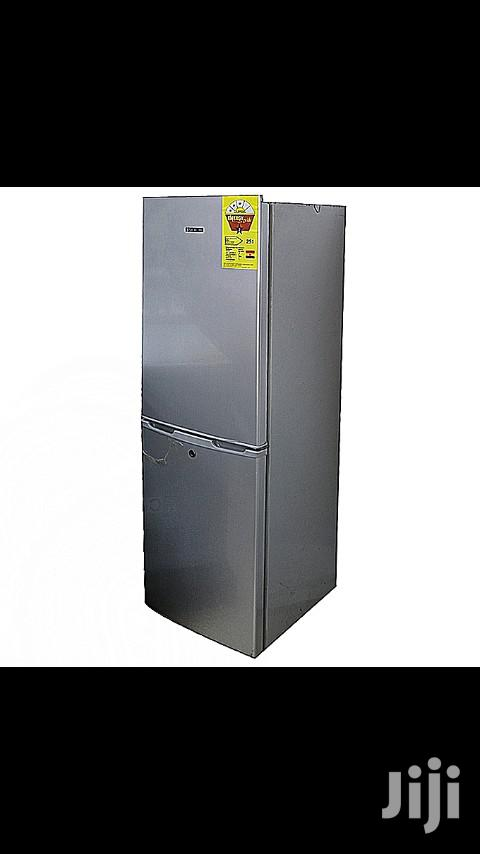 MIKACHI Bottom Freezer Refrigerator 202L