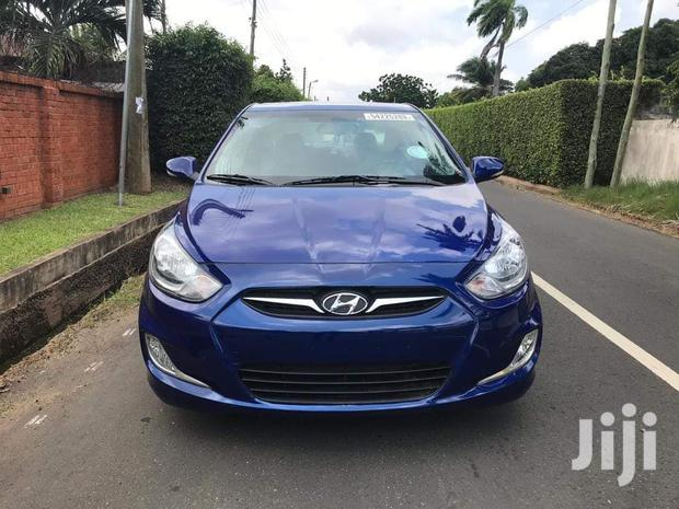 Archive: Hyundai Accent 2013 GLS Blue