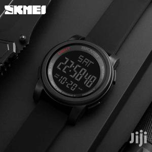 SKMEI Men Sport Digital 50M Water Resistant Watch