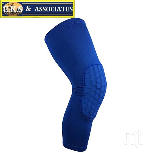 Archive: Blue Breathable Sport Basketball Knee Warm Support Brace
