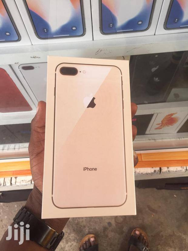Archive: New Apple iPhone 8 Plus 64 GB Gold