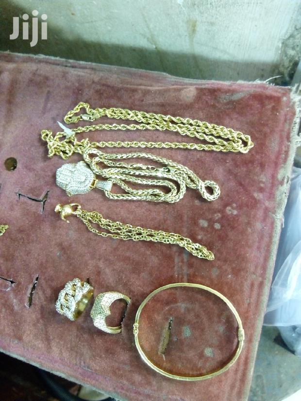 Archive: Gold Jewelries