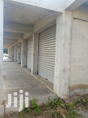 Renting A Double Shop Near At Tipper Junction Liberia Camp Road Kasoa