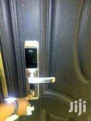 20 Finger Thumbprint Programmable Security Door Lock | Doors for sale in Greater Accra, Okponglo