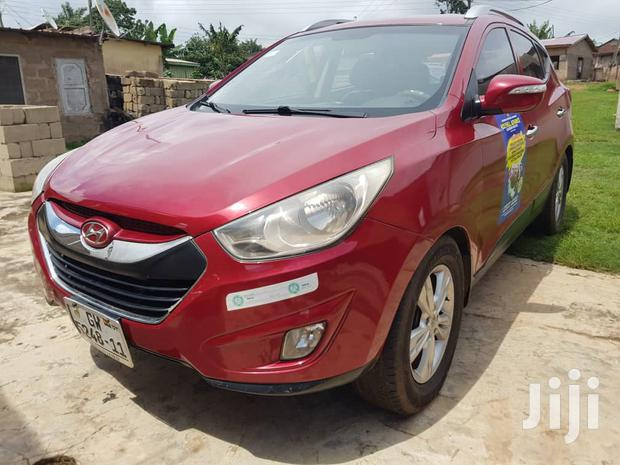 Archive: Hyundai ix35 2011 Red