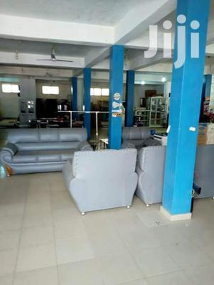 Renting A Large Shop Space In A Busy Market Area In Kasoa