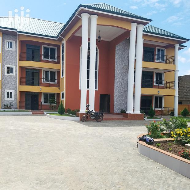 Archive: New Executive 3 Bedroom for Rent -Spintex