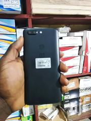 OnePlus 5T 128 GB Black | Mobile Phones for sale in Greater Accra, Ashaiman Municipal