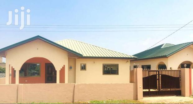 Archive: 3 BEDROOMS EN-SUITE NEWLY BUILT HOUSE FOR SALE IN TEMA COMMUNITY. 25.