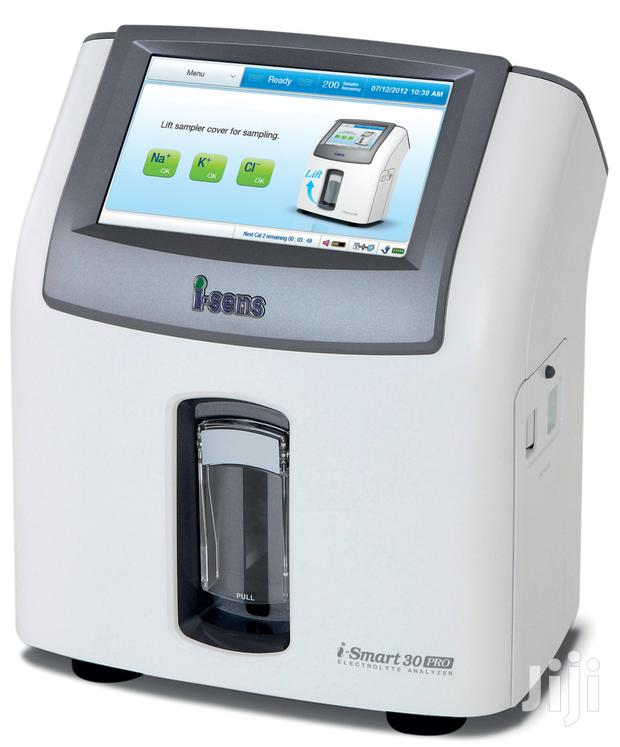I-smart 30 PRO Electrolyte Analyser