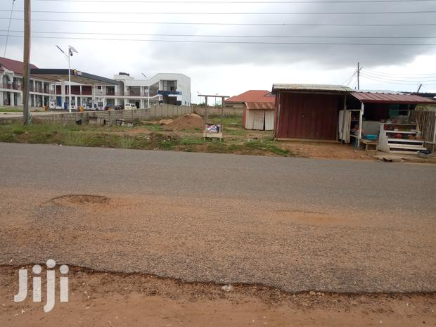 Archive: Ideal Land For Commercial Purposes
