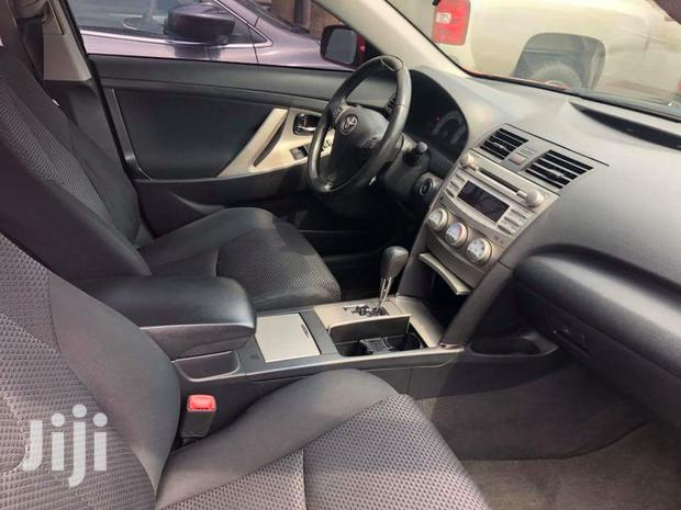 Archive: Toyota Camry 2015 Silver