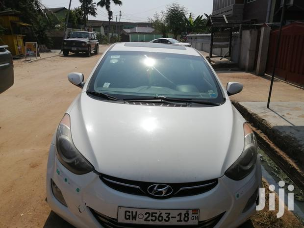 Archive: Hyundai Elantra 2012 Limited White