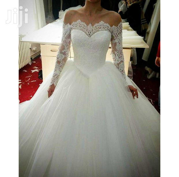 Long Sleeve Off-Shoulder Ball Wedding Gown