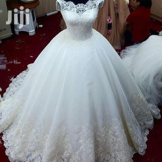 Archive: Contact ENYONYAM BRIDALS on for Your Wedding Gowns