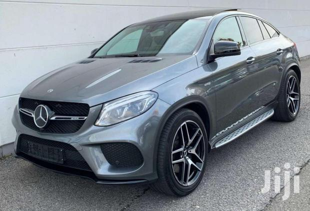 Archive: Mercedes-Benz GLE-Class 2019 Gray