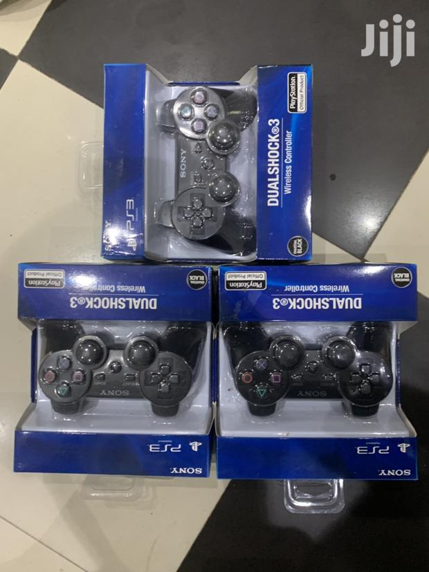 Archive: Playstation 3 Wireless Controllers Dualshock3