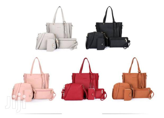 Archive: Buy A 4set Ladies Bag At A Reduced Price