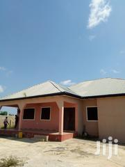 Four Bedroom House At Triple X Near Buduburam For Rent | Houses & Apartments For Rent for sale in Central Region, Awutu-Senya