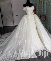 Beautiful Off- Shoulder Detachable Gown | Wedding Wear for sale in Greater Accra, Korle Gonno