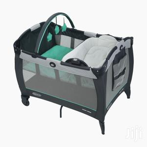 Graco Pack 'N Play Cot With Diaper Changer Bassinet