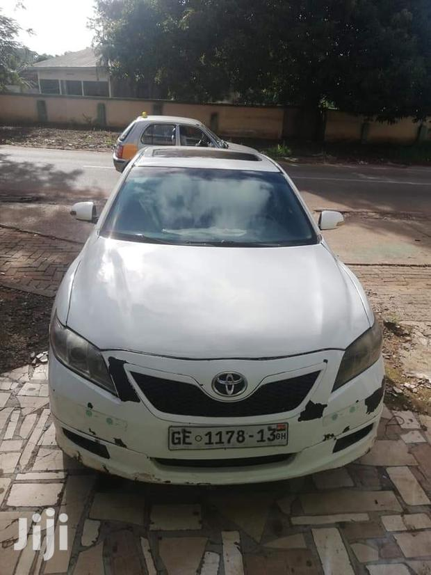 Archive: Toyota Camry 2010 White