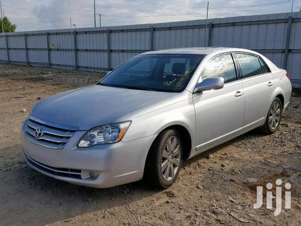 Archive: Toyota Avalon 2007 XLS Silver