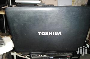 Laptop Toshiba 4GB Intel Core i3 750GB