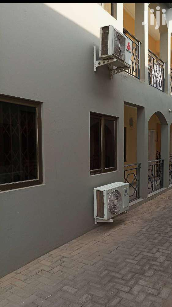 Archive: Executive 2 Bedroom Self-contained For  1 Year