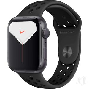Apple Watch Series 5 (Nike Edition 40mm)