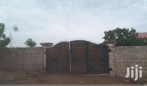1 Acre Walled Yard For Rent