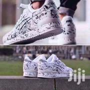 Black And White Leather Asics   Clothing for sale in Greater Accra, Nii Boi Town