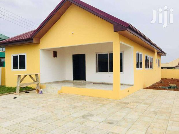 Archive: 3 Bedrooms Detached House at COMMUNITY 25, TEMA MUNICIPALITY