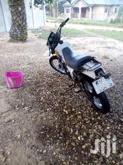 Yamaha 2001 White   Motorcycles & Scooters for sale in Eastern Region, Kwaebibirem