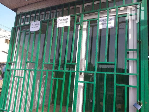 Archive: Container Shop For Sale At Ordorkor Traffic Light
