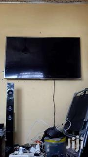 Lg 50 Inch Tv Digital And Satellite With A Cracked Screen | TV & DVD Equipment for sale in Greater Accra, Old Dansoman