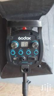 Gordox Stobe Light (Negotiable)   Cameras, Video Cameras & Accessories for sale in Greater Accra, Bubuashie