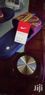 Nike Flip Flops Slides - Navy/Wine Red 3.7 /5 (13 Ratings)   Shoes for sale in Greater Accra, East Legon