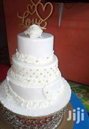 Simple And A Nice Wedding Cake | Automotive Services for sale in Greater Accra, Ashaiman Municipal