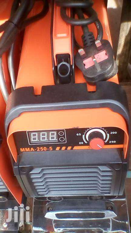 Archive: MMA 250A Inverter Welding Machine