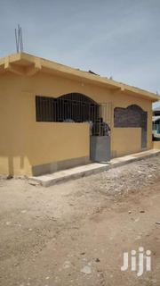 Chamber And Hall Apartment | Houses & Apartments For Rent for sale in Central Region, Awutu-Senya