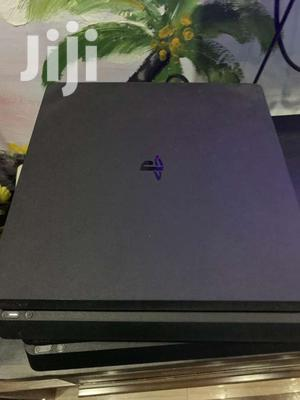 Slightly Used Ps4 Slim Console 1 TB,2 Controllers