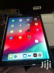 Selling 12.9ipad Pro 128gig Wifi Cellular"
