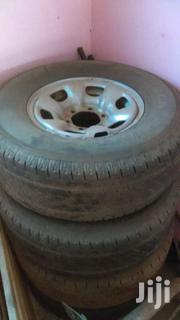 Hilux 265/70R15 Rim & Tyre - 5 Pcs | Vehicle Parts & Accessories for sale in Greater Accra, Okponglo