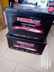 Battery 17 Plate Free Delivery Kem-d Batteries | Vehicle Parts & Accessories for sale in Greater Accra, Achimota